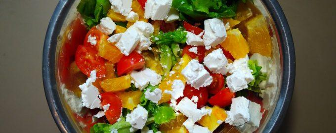 Свежий салат с апельсинами и фетой