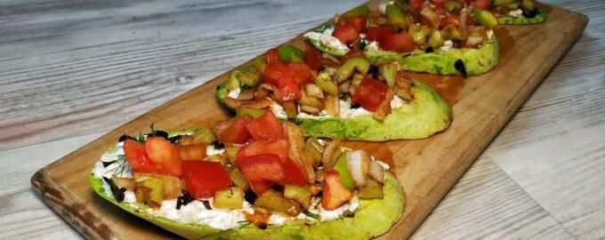 Закуска из кабачков - овощные брускетты (бутерброды)