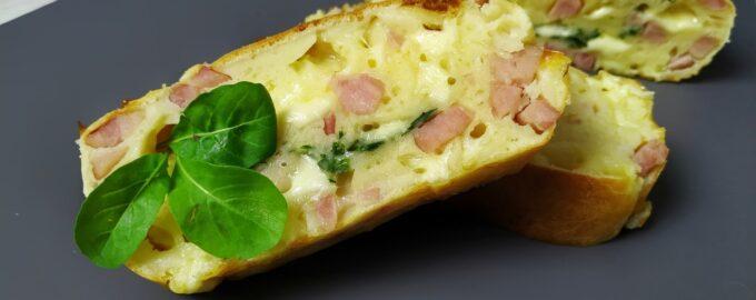 Пирог на кефире с ветчиной и сыром